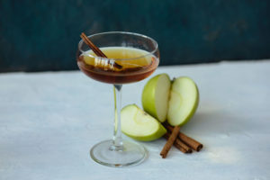 Apple Cinnamon Manhattan - Thanksgiving Cocktail Recipe